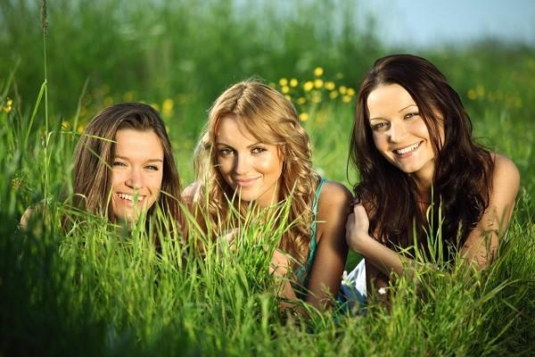 女人,女性,笑容,朋友,友情(圖/達志/示意圖)