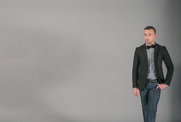 身高,男人,西裝,帥哥。(圖/取自LibreStock網站)