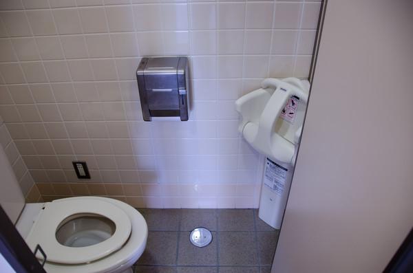 ▲機上上洗手間時間點有訣竅(圖/達志/示意圖)