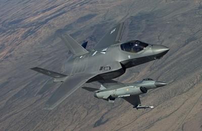 澳軍接收2架F-35A 隱形塗料受考驗