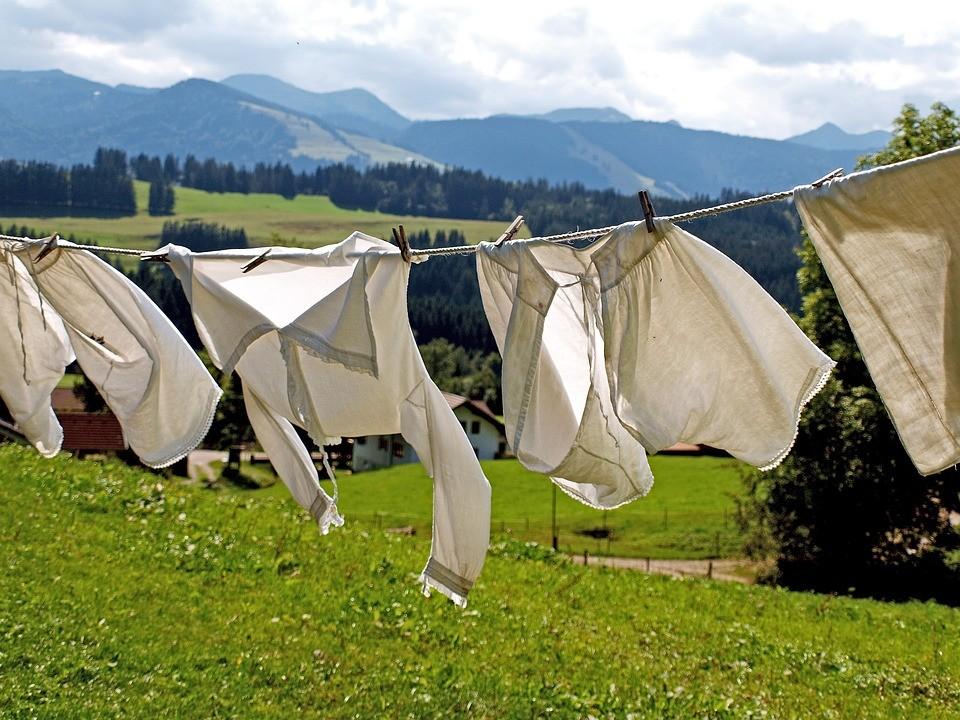 ▲曬衣服,晾衣服,洗衣服,通風。(圖/取自LibreStock)