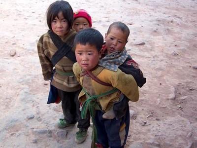 小孩=奢侈品,窮人不該生育?理想派VS.現實派掀論戰