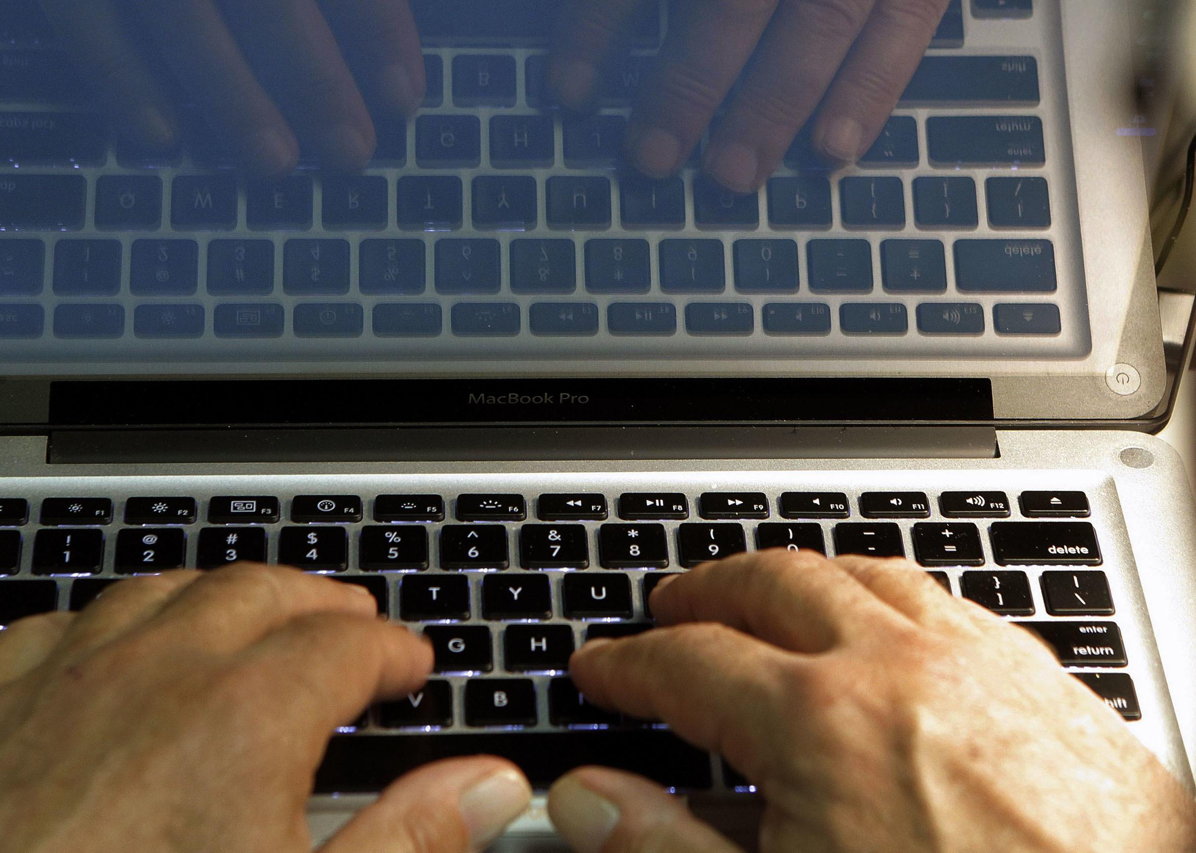 google,社群媒體,茉莉花革命,阿拉伯之春,福山,川普,心理學,臉書,新聞,澳洲,蘋果,新聞媒體,社群,網路平台,監管