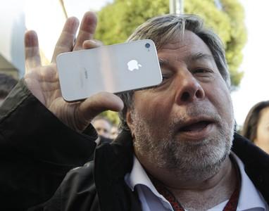 蘋果聯合創辦人:蘋果早在很久以前就該分拆了