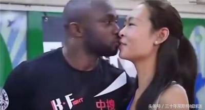 黑人拳王娶華裔白富美,生了兩個「混血萌娃」反成媒體焦點啦