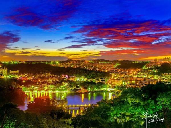 101高山頂景觀餐廳(圖/翻攝自101高山頂景觀餐廳粉絲團)