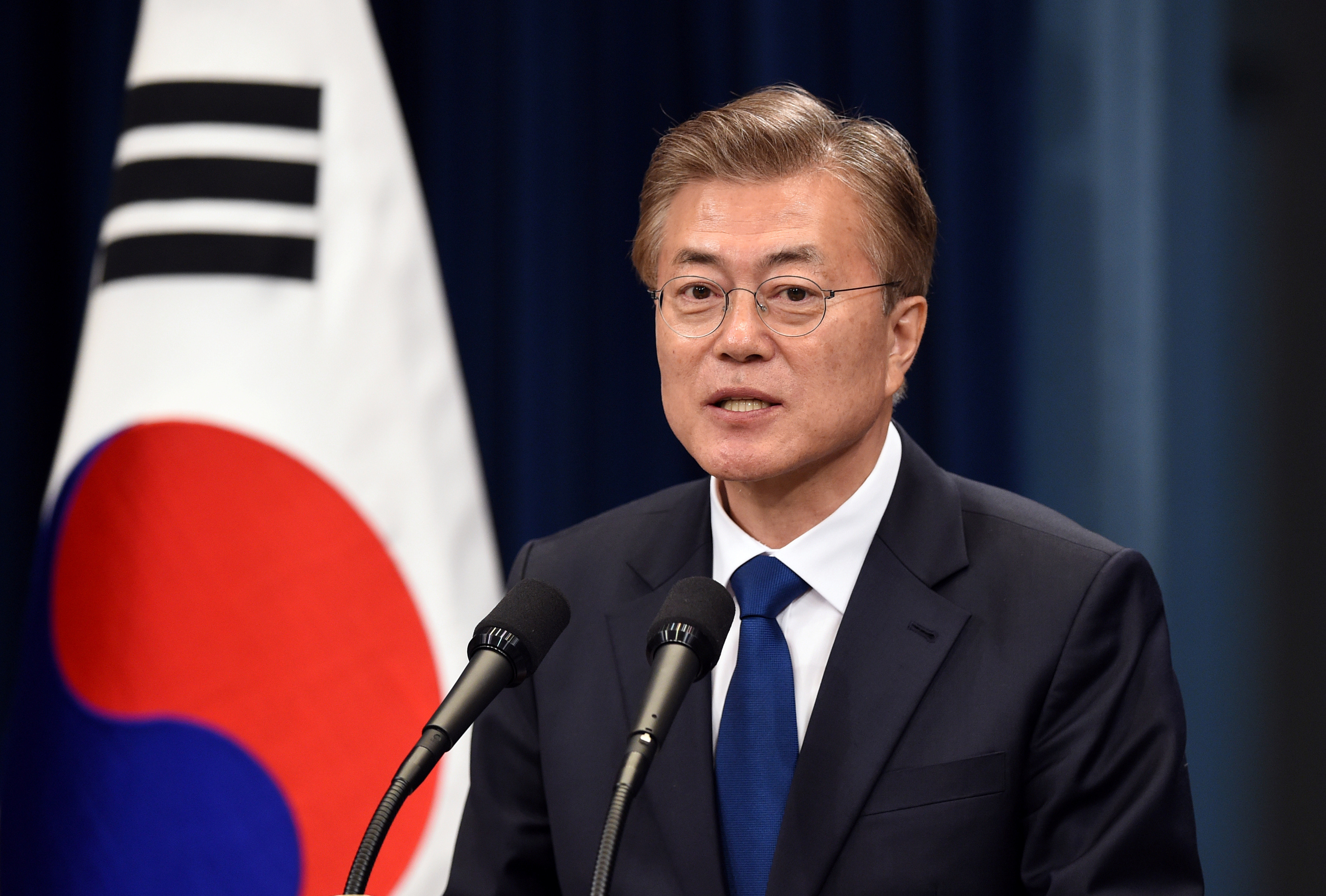 南韓總統文在寅提到,我們必須承認國民無法接受慰安婦協議的情緒。(圖/路透社)