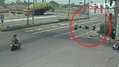 男大生紅燈右轉 害3車撞成一團