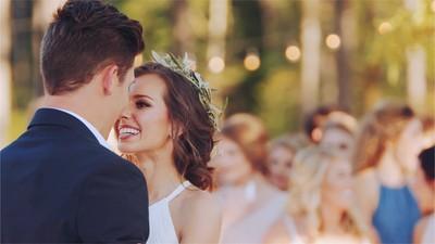 她在同學婚禮驚見伴郎是砲友 男友卻泣訴:新娘是我砲友