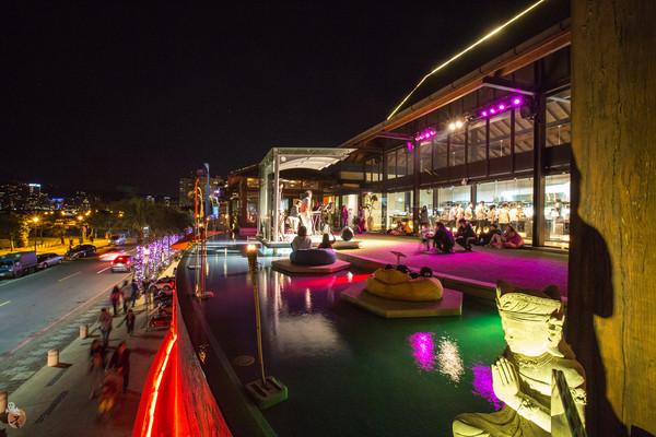 水灣四季景觀餐廳(圖/網友蛋拔的遊玩日記提供,請勿隨意翻拍,以免侵權。)