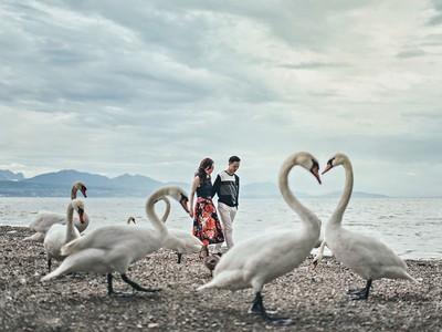 最強婚紗照Top10,熱氣球加持、全裸跳海,哪種視角最有愛