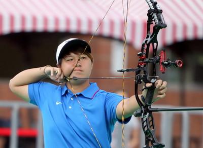 亞錦賽中華隊複合弓混雙鍍銀