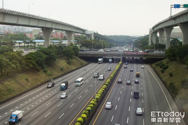 國道一號,國一,中山高,高速公路,交通(圖/記者季相儒攝)