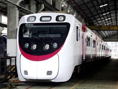 台鐵列車、JR四國列車交換塗裝!
