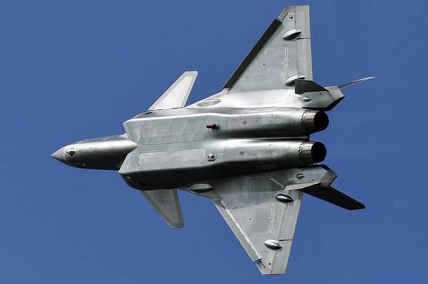 ▲殲-20戰鬥機高清照片。(圖/翻攝自《環球網》)