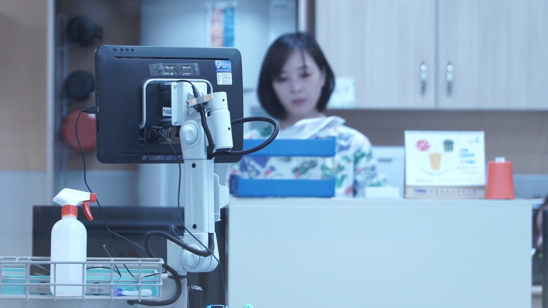 ▲醫院護理人員,護理師,看病,生病,護士,白衣天使,生病(圖/記者姜國輝攝)
