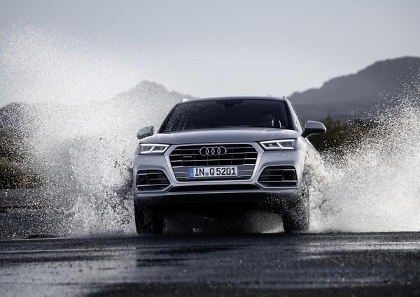 Audi旗下全新豪華SUV「Q5」、「SQ5」,即日起也以235萬元起的預售價正式在台接單。