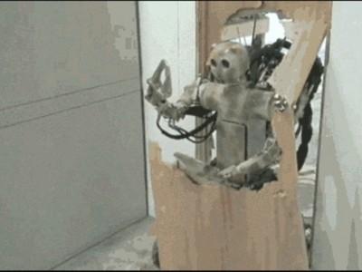 「洪師傅,切它電路」 AI人工智障發明廢到想砸電腦