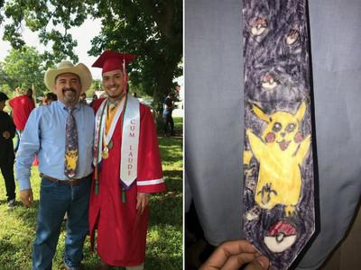 老爸打「皮卡丘領帶」參加兒子畢典,故事要從11年講起