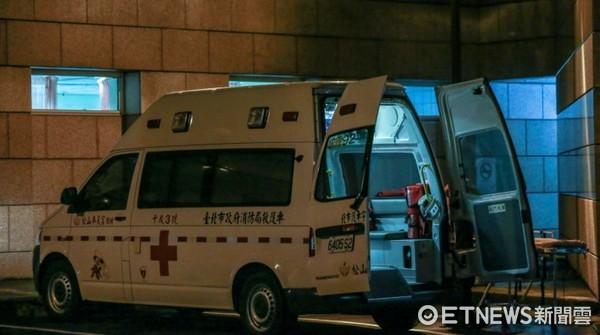 夜間急診,救護車,送醫,三軍總醫院(新logo)(圖/示意圖/本報資料照)