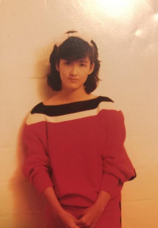 ▲▼周慧敏首曝18歲短髮美照。(圖/翻攝自周慧敏臉書)