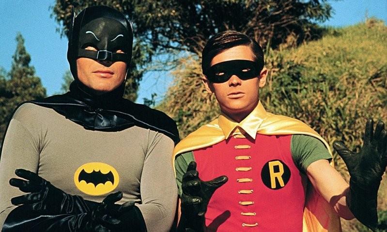影集《蝙蝠俠》男星Adam West過世,享壽88歲(圖/翻攝自網路)