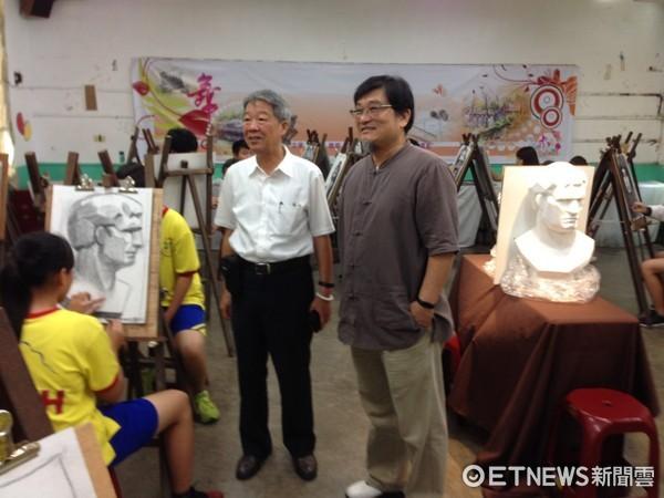▲在台南各大學擔任助理教授的藝術家翁銘宏,受聘在明高中教美術課程,教學方式受到學生熱烈歡迎。(圖/翁銘宏提供)