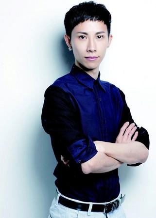 ▲人氣彩妝造型師-劉人瑋