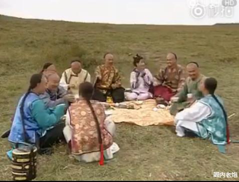 ▲《還珠格格》中的野餐。(圖/翻攝自微博)