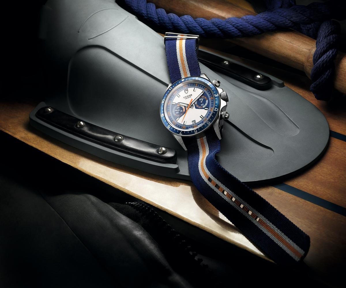 帝舵在2013年推出的Heritage Chrono Blue,是將NATO錶帶引進高級錶壇的重要功臣。建議售價NT$141,000。