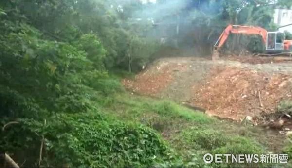 ▲▼盜採砂石回填廢棄物,竹聯幫為收保護費把人搞到癱瘓。(圖/記者柳名耕翻攝)