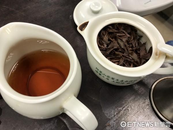 ▲市售台灣茶葉是否有混越南茶,一般民眾實在很難區分。茶商認為,越南茶葉並非都市劣質,但價格與台茶相比,確實較廉價。(圖/記者柳名耕攝)