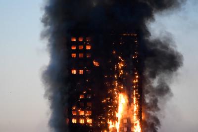 倫敦惡火72死 消防局有嚴重缺失