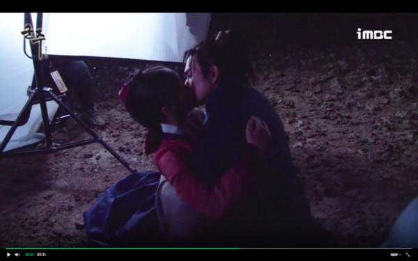 ▲▼金所炫破尺度深吻俞承豪! 濕身KISS後⋯害羞反應萌炸(圖/翻攝自MBC)