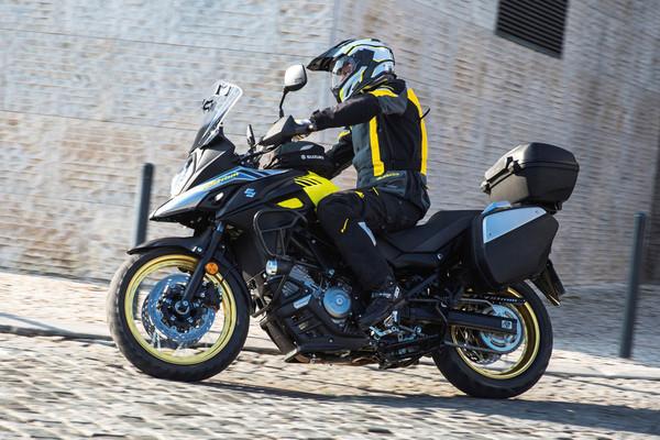 ▲冒險專用跨界重機!Suzuki V-Strom 650XT登台42.8萬。(圖/Suzuki提供)