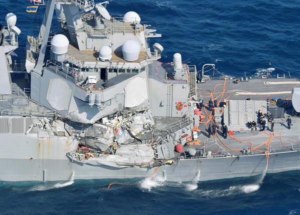美國費茲傑羅號驅逐艦(USS Fitzgerald)。(圖/路透)
