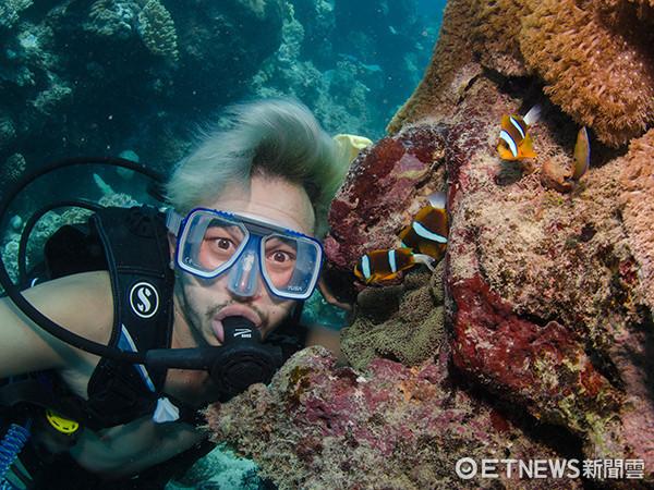 Kid日前到澳洲出外景潛水。(圖/愛爾達電視提供)