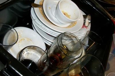 男友家吃飯!遭未來婆婆逼洗碗超傻眼