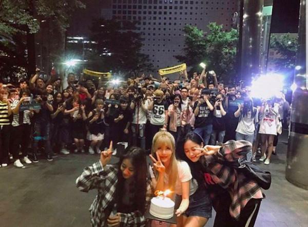▲▼ T-ara終受肯定! 芝妍蹲地痛哭3分鐘「等了整整5年」            。(圖/翻攝自THE SHOW、芝妍IG)