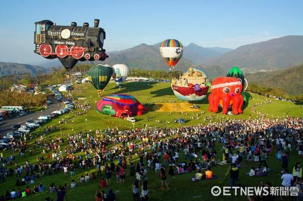 華信航空配合台東熱氣球嘉年華,推出5,299元頂級套裝2日遊。(圖/華信航空提供)