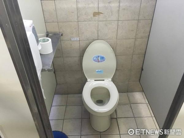 廁所,馬桶(圖/記者吳欣晏翻攝)