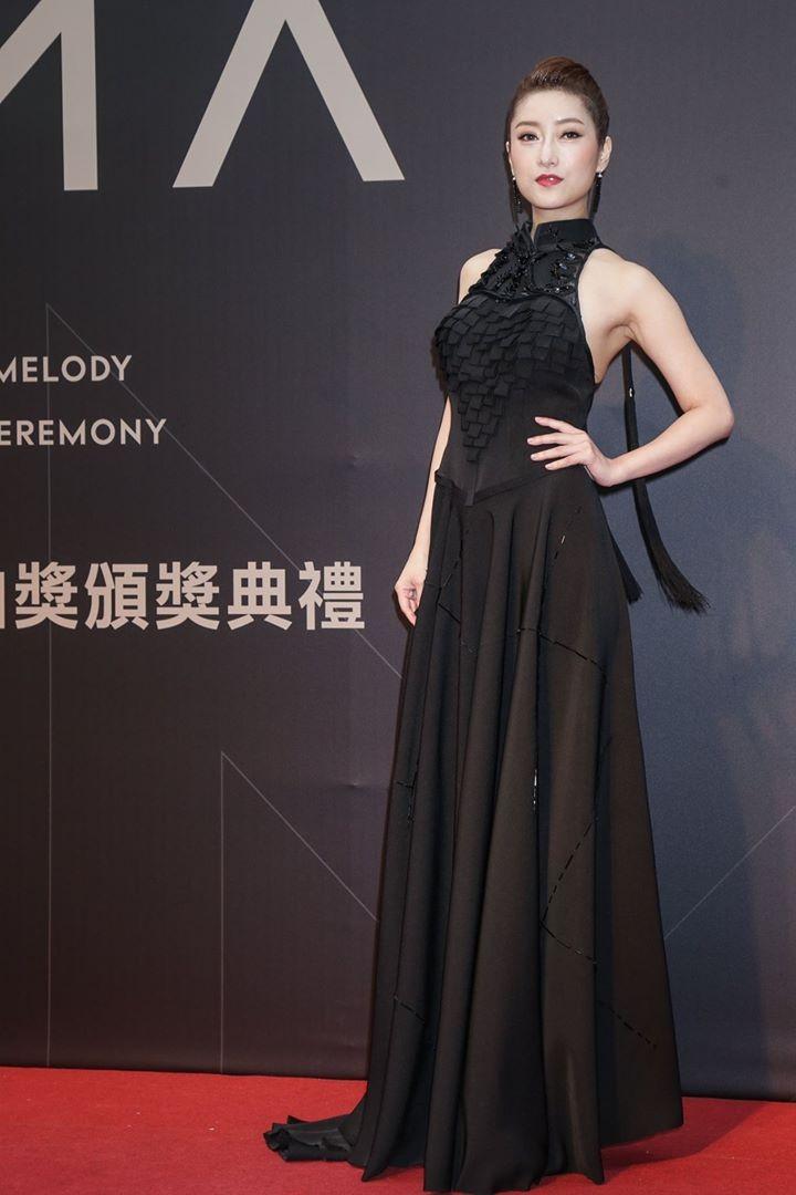 第28屆流行音樂金曲獎星光大道李婭莎。(圖/攝影中心攝)