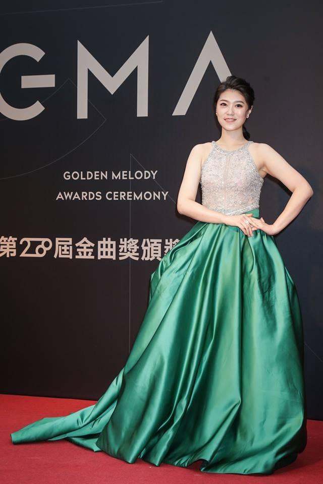 第28屆流行音樂金曲獎星光大道曹雅雯。(圖/攝影中心攝)