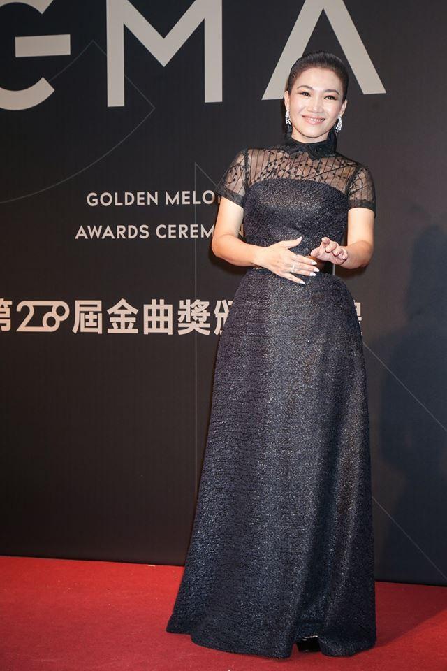 第28屆流行音樂金曲獎星光大道黃妃。(圖/攝影中心攝)