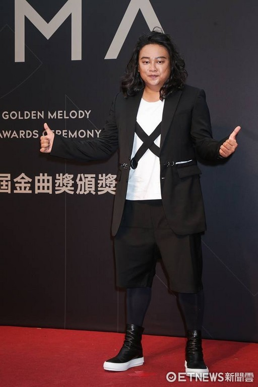 第28屆流行音樂金曲獎星光大道賴銘偉。(圖/攝影中心攝)