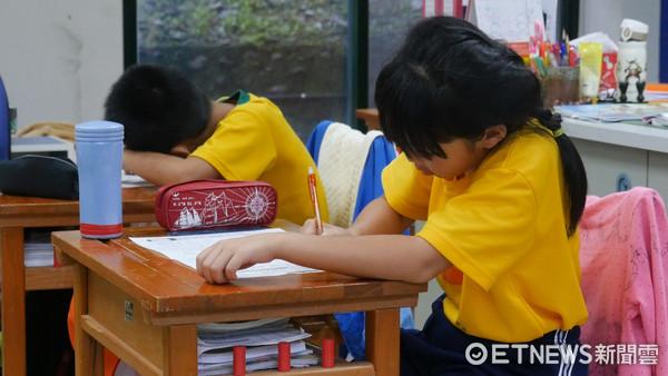 ▲國小學童,升學,升學壓力,教育,考試,學習。(圖/記者謝婷婷攝)