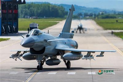 陸官媒:殲-10B曾遭外國軍機的火控雷達鎖定