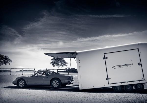 ▲專屬汽車「5星級旅館」 月付2萬管家幫檢修、清潔愛車(圖/取自Windrush Car Storage官網)