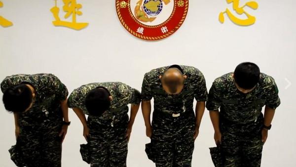 海軍陸戰隊集體虐殺「小白」,3人判刑6月。(圖/翻攝自海軍陸戰隊粉專)
