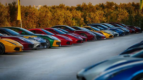 ▲史上最貴車聚!超過100台法拉利慶70週年 場面超壯觀(圖/Ferrari)